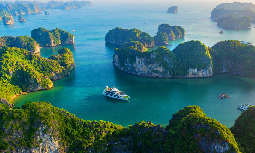 Best Time To Visit Halong Bay Halong Bay Cruise Deals